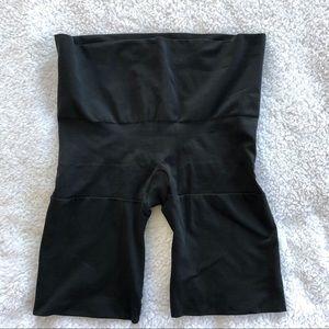 SPANX Mid Thigh Shaper Shorts